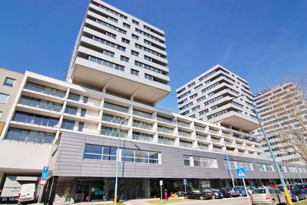 заключение договора об аренде недвижимости в словакии